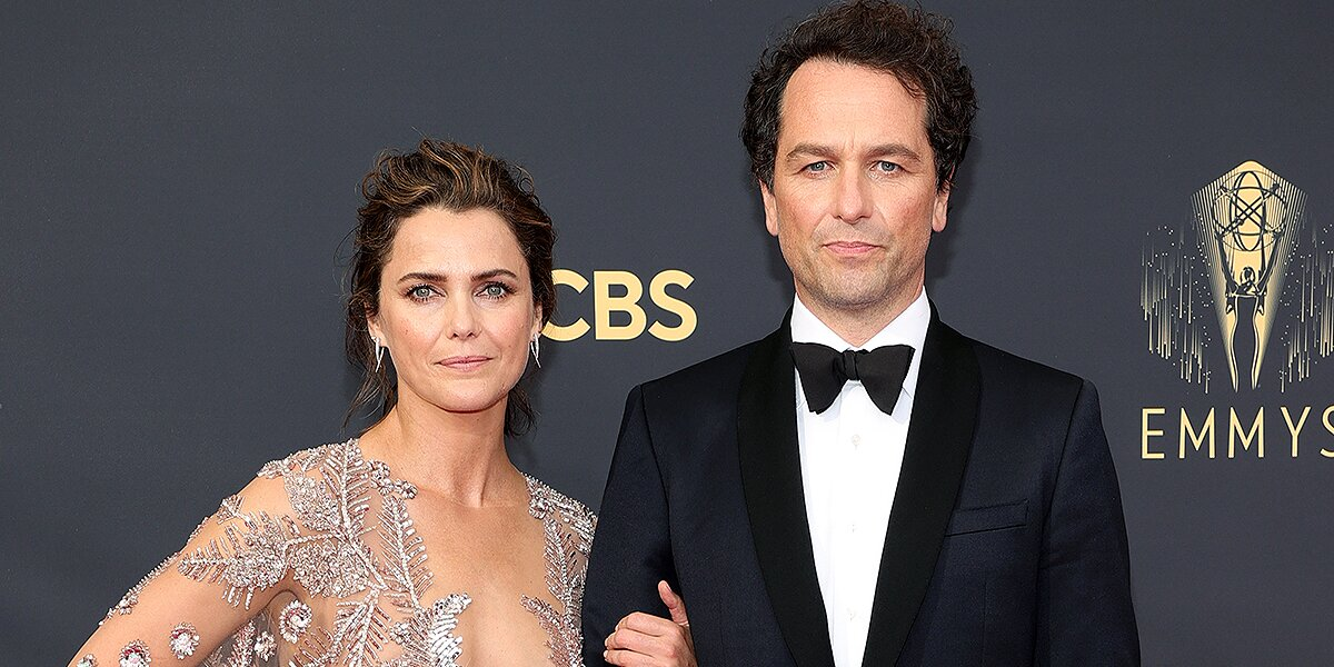 Celebrity Couples on the Red Carpet at the 2021 Emmy Awards.jpg
