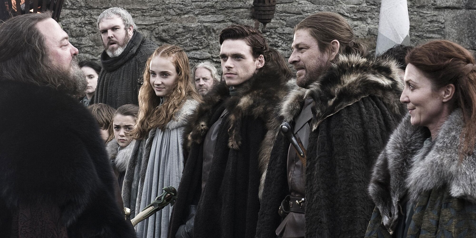 The 'Game of Thrones' series premiere took its time. The wannabes could learn something.