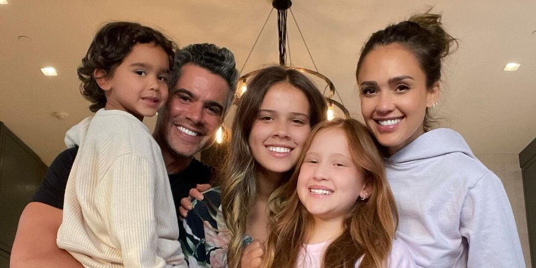 Jessica Alba Opens Up About Doing Therapy with Daughter — Revealing 'Big' Conflict They Discuss.jpg