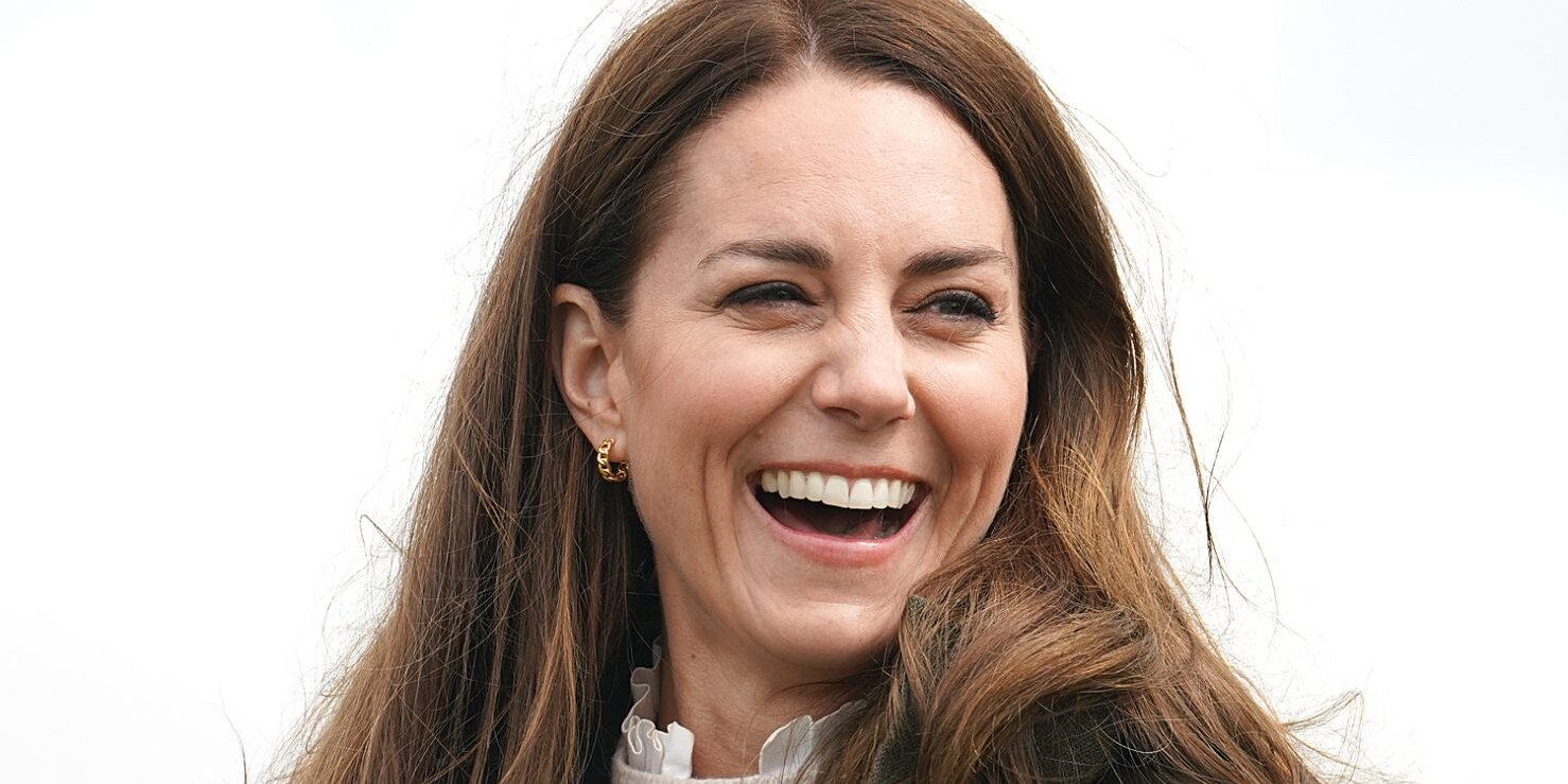 Kate Middleton Interviews 'Amazing' Midwife in Emotional Video Call.jpg