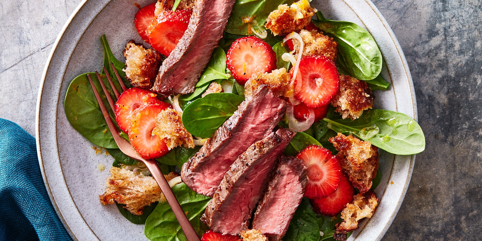 Steak & Strawberry Spinach Salad