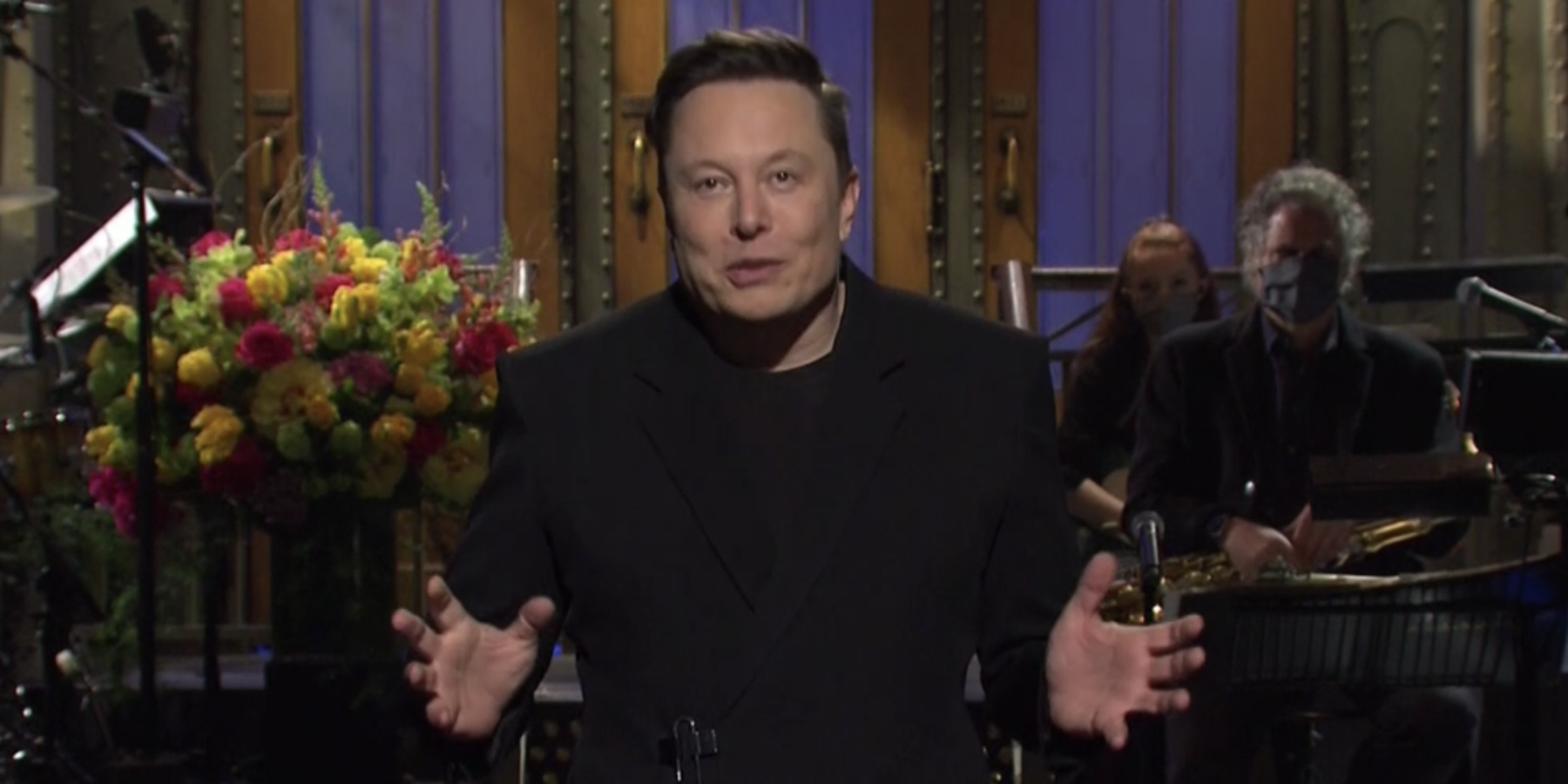 Elon Musk gets off to rocky start in SNL monologue, including false claim about being first host with Asperger's.jpg