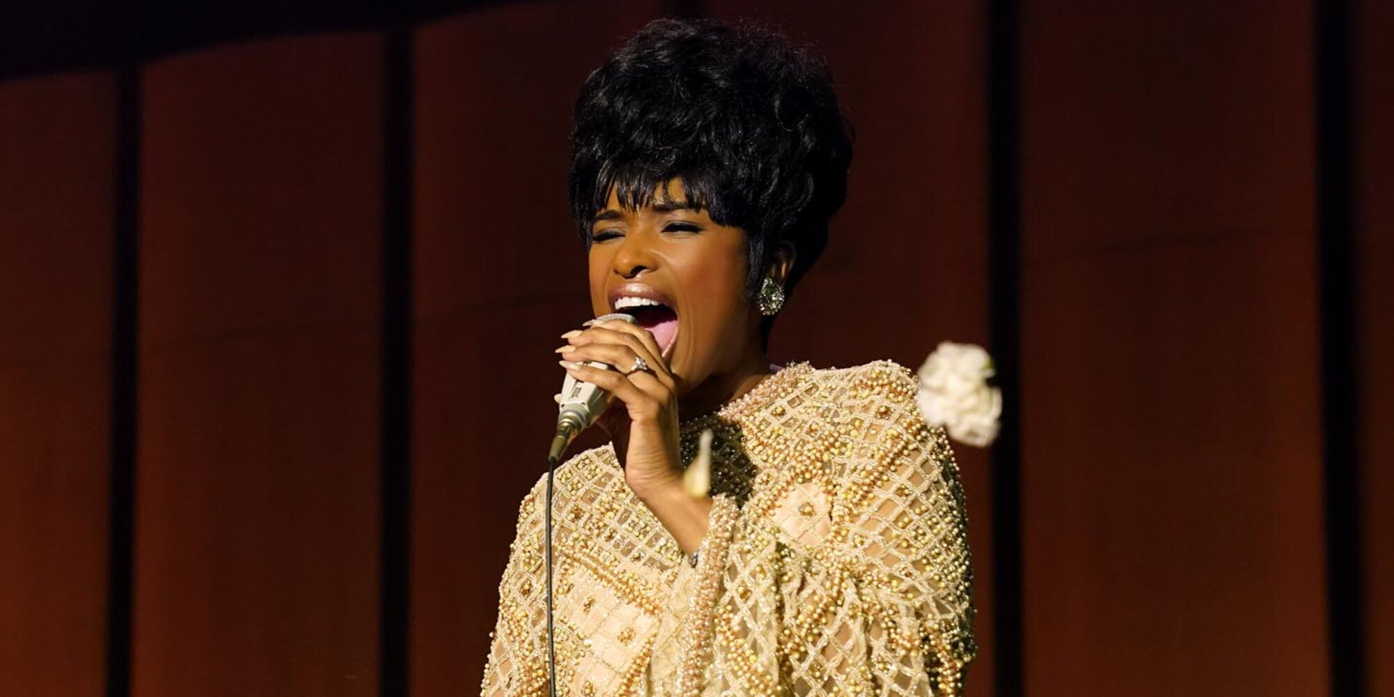 Jennifer Hudson honors Aretha Franklin's 'spirit' with original Respect song 'Here I Am (Singing My Way Home)'.jpg