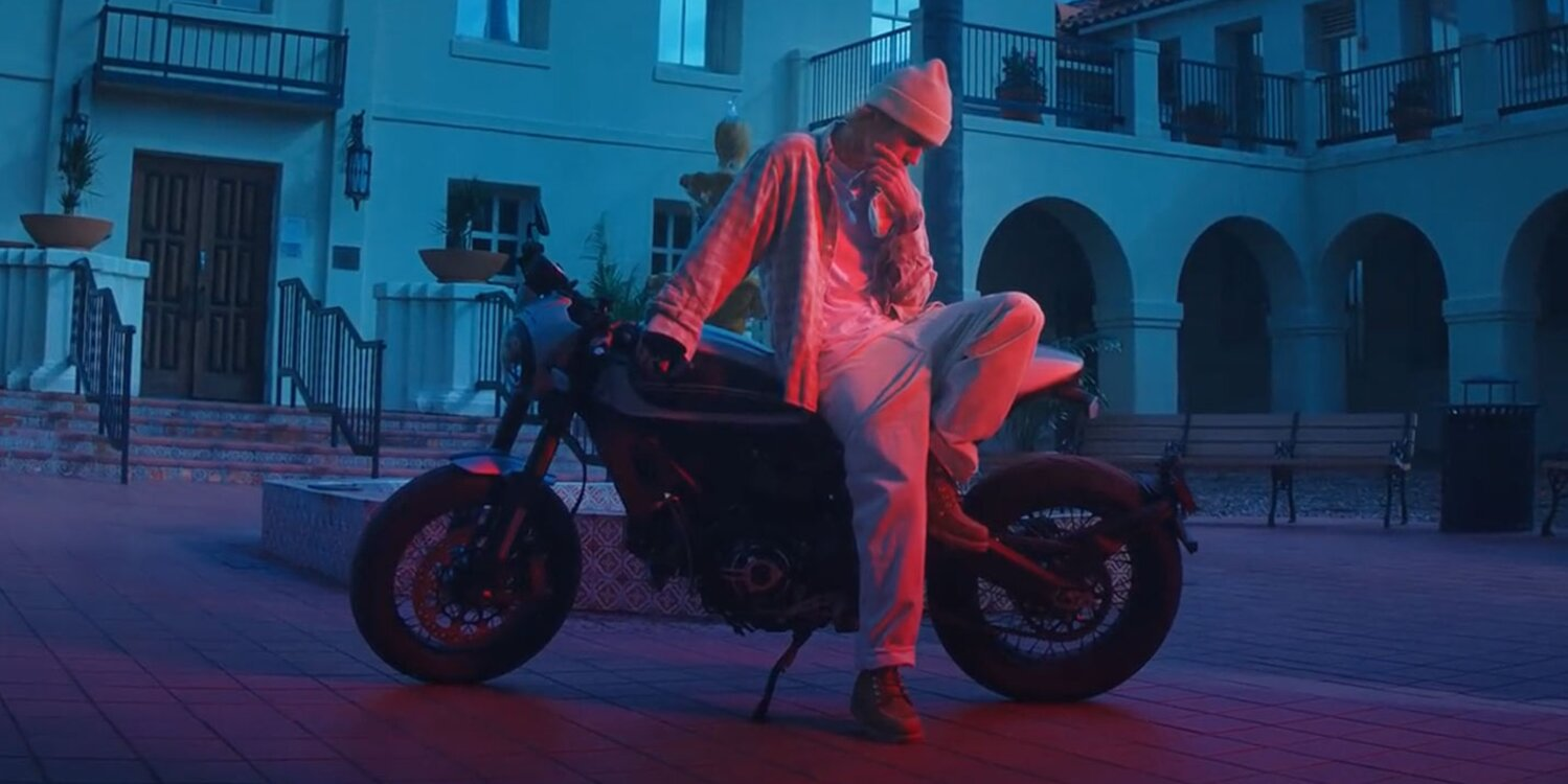 Justin Bieber Robs a Bank and Goes on a High-Speed Police Chase in New 'Hold On' Music Video.jpg