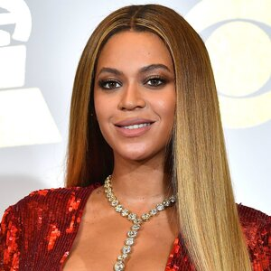 Beyonce And Shakira Had A Beautiful Liar Reunion Instyle