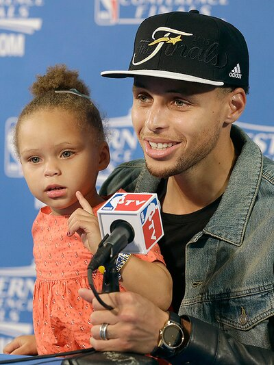 974c0ad3820b Stephen Curry s Daughter Riley at NBA Postgame Press Conference ...