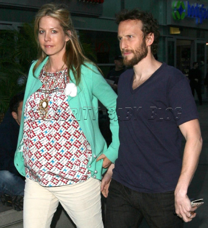 Pregnant Jenna And Bodhi Elfman Out To Dinner Peoplecom