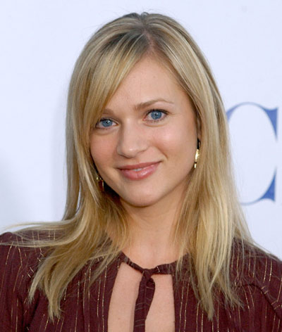 A J Cook Discusses Being Pregnant Onscreen