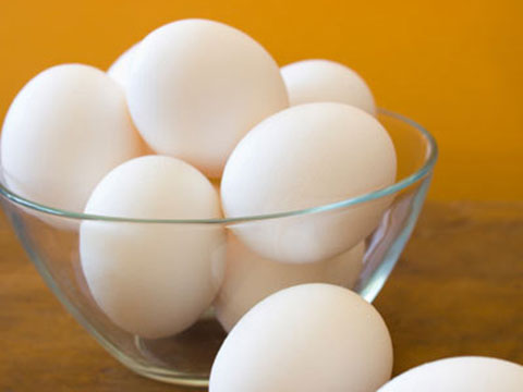 Peel hard-boiled eggs effortlessly