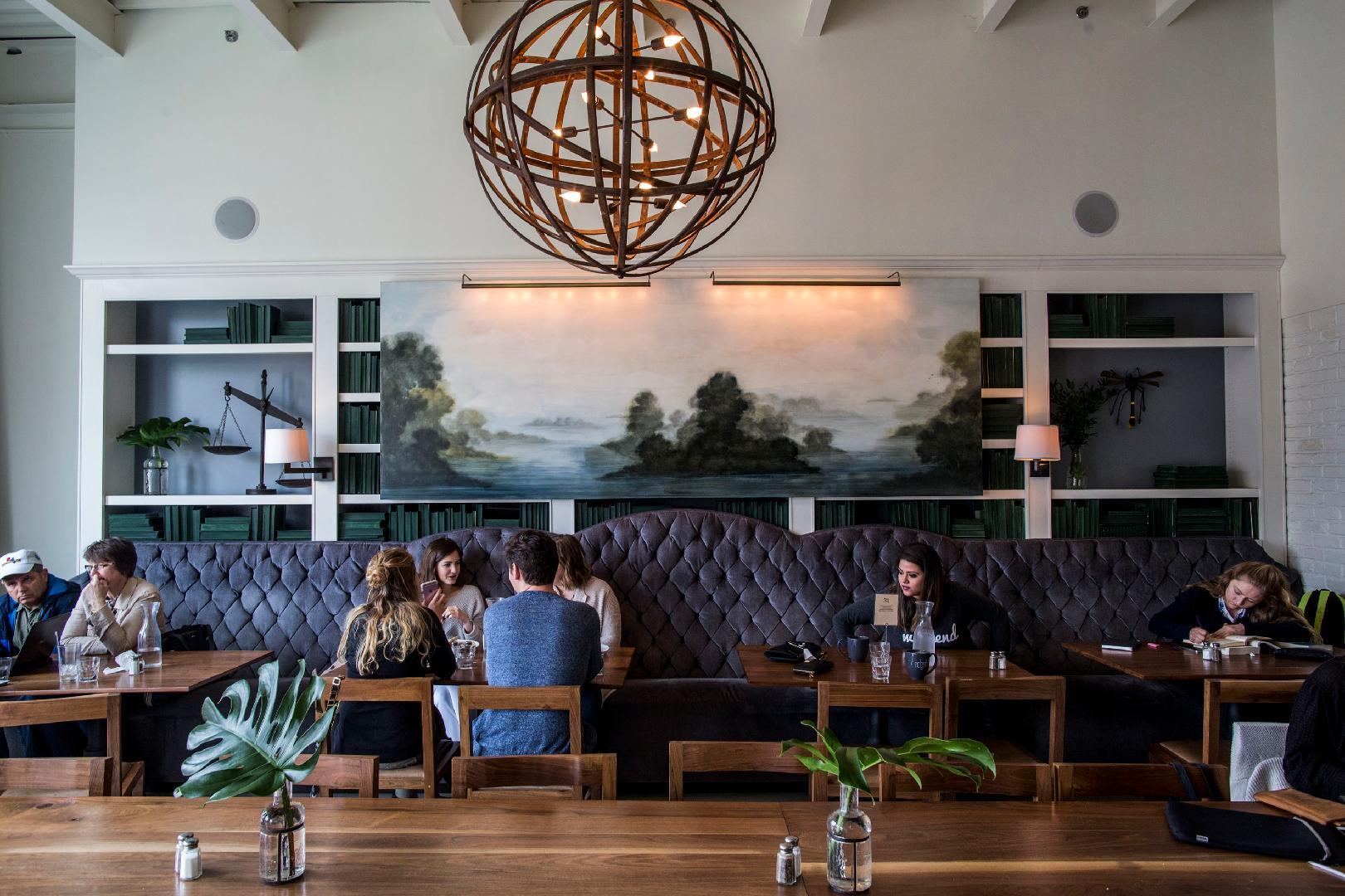 Edgehill Café