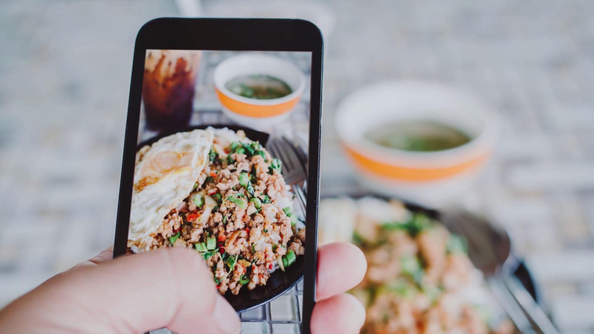 Take Better Instagram Food Photos With These 13 Kitchen Accessories