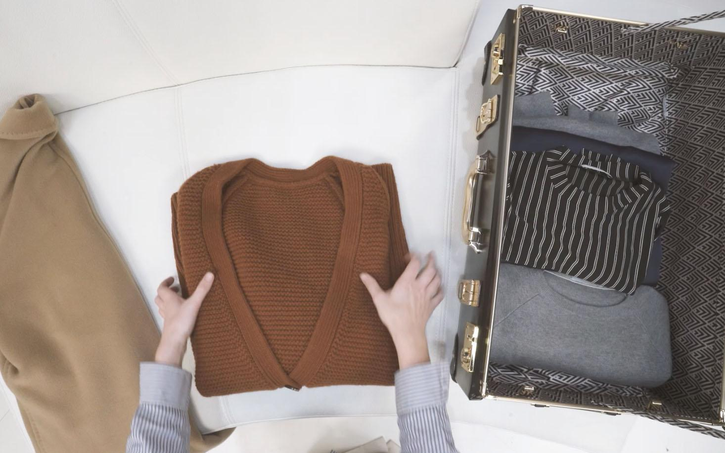 7 Items to Pack for a Perfect Thanksgiving Weekend