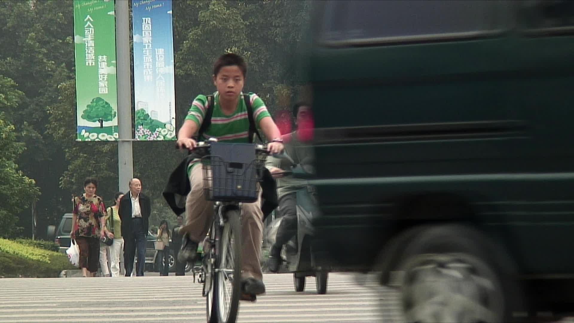The Best Way to See China Will Soon Be by Bike (Video)