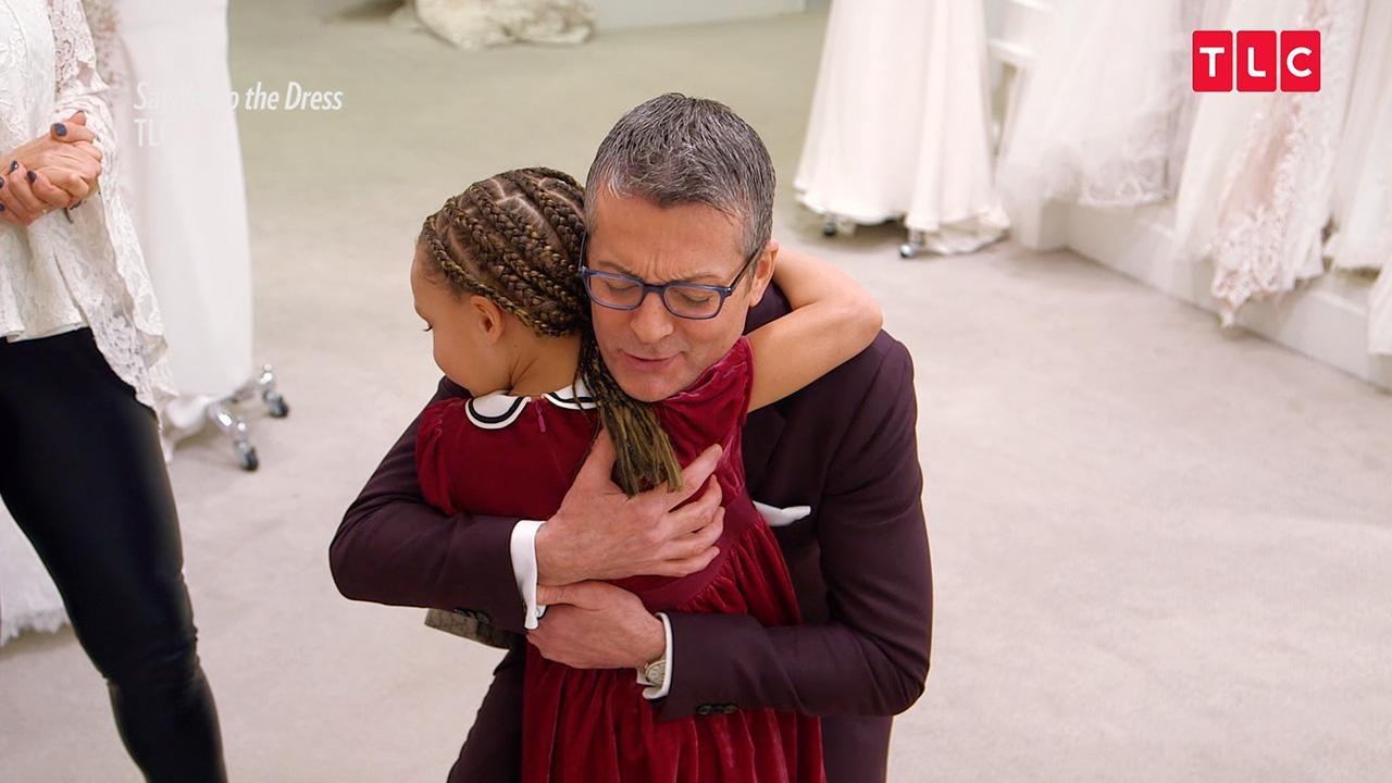 Stephen Curry S Daughter Riley Steals The Show In The Premiere Episode Of Say Yes To The Dress People Com