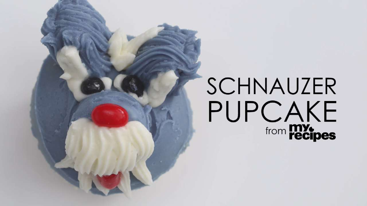 Video: Schnauzer Pupcakes