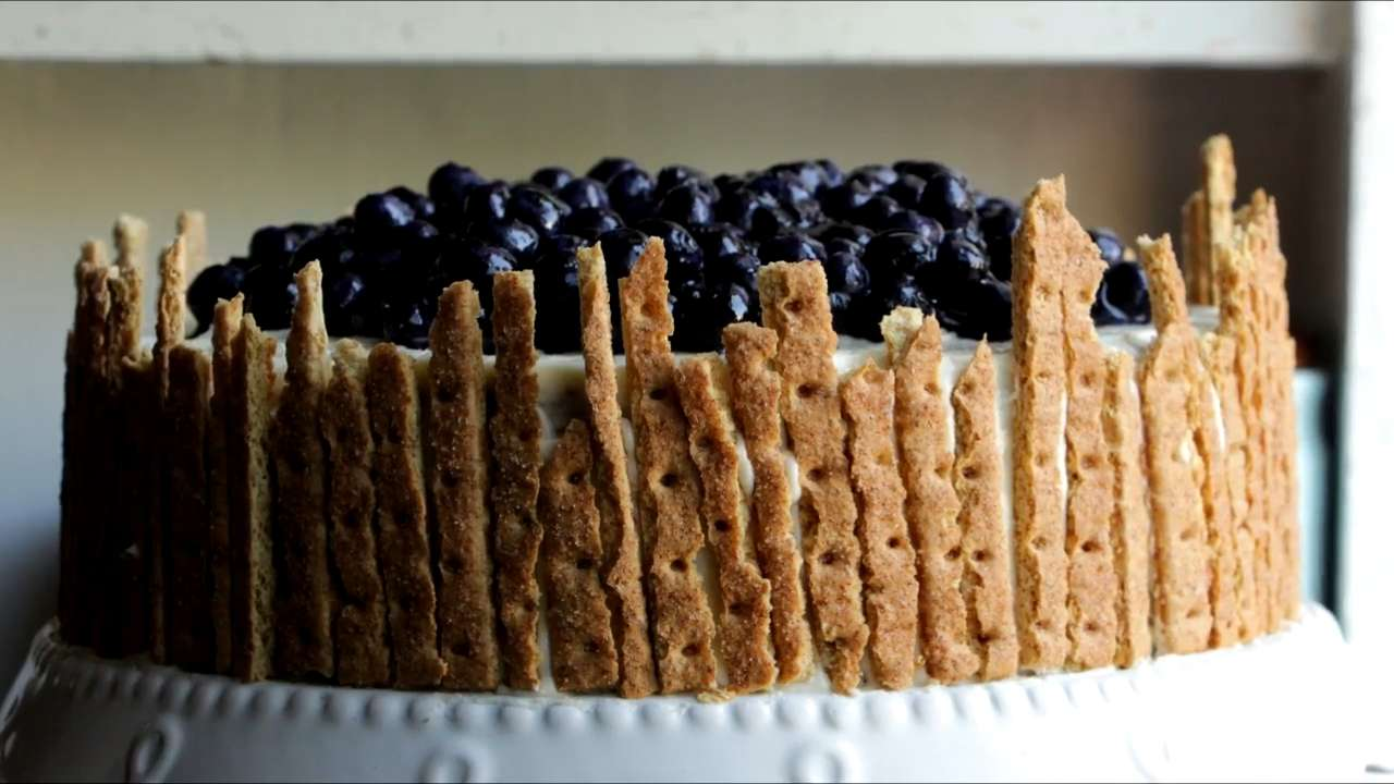 How to Make an Easy Lemon-Blueberry Cake from a Box