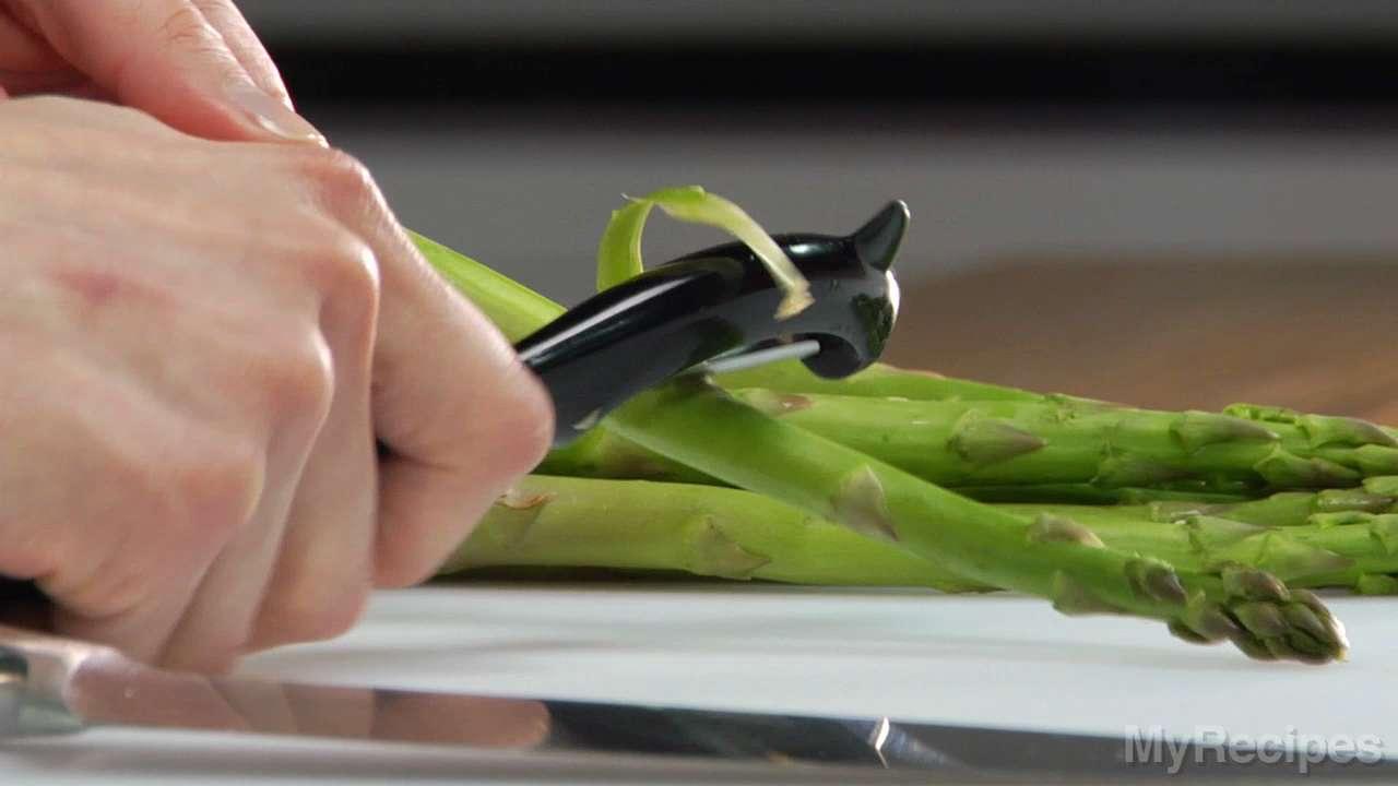 How-To Video: Preparing Asparagus