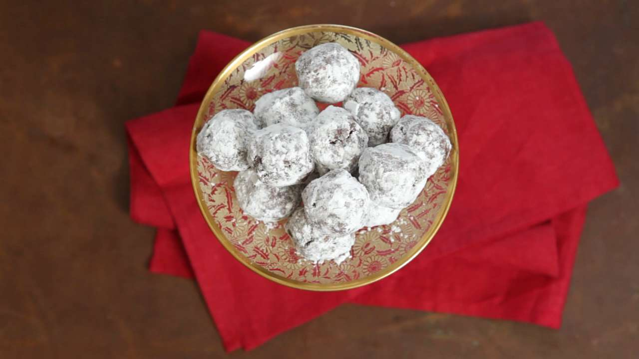 How To Make Bourbon Balls