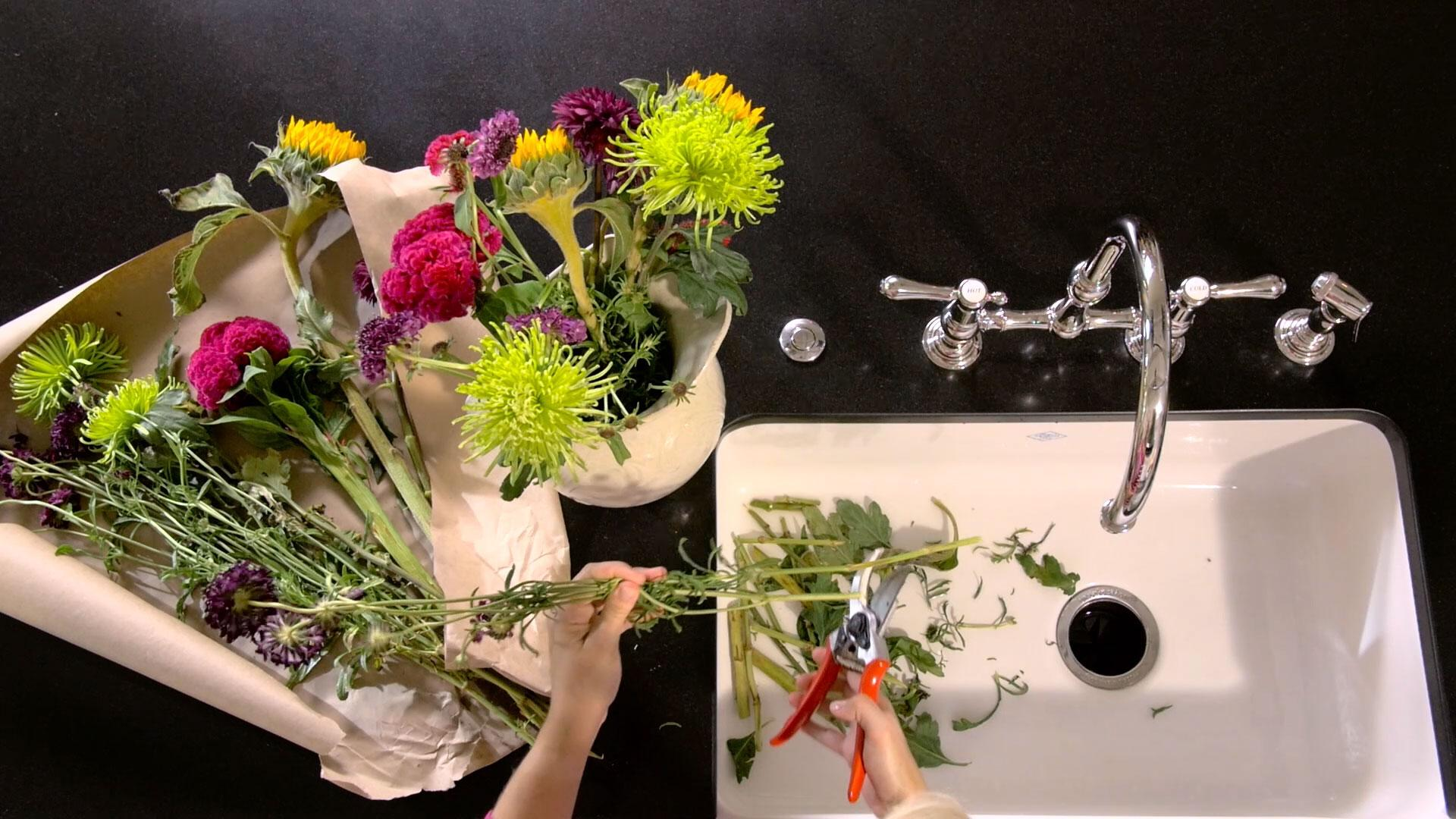 Easy Flower Arranging with Rebecca Lang