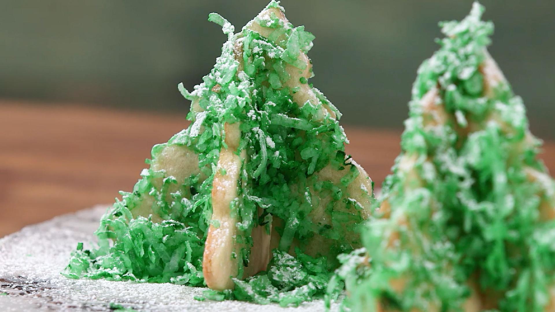 3-D Christmas Tree Cookies