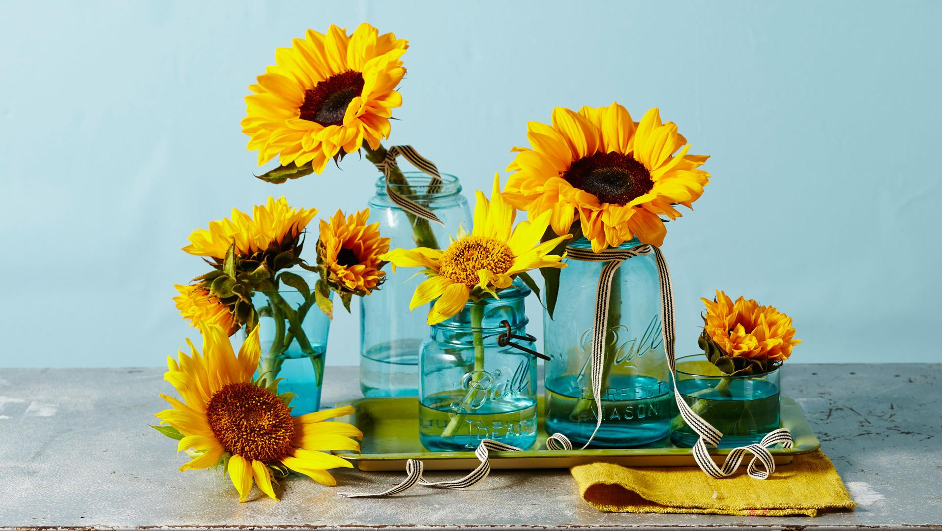 Make Your Own Sunflower Centerpieces