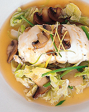 Braised Flounder with Chinese Cabbage