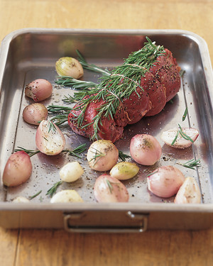 Beef Tenderloin with Shallots and Red-Wine Glaze