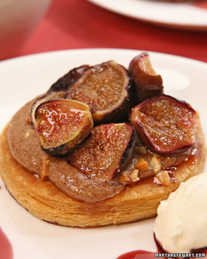Warm Fig Tart with Cinnamon-Almond Cream and Port Reduction