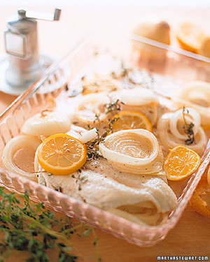 Baked Flounder with Onion and Lemon