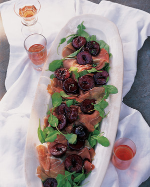 Prosciutto-Arugula Salad with Warm Plums