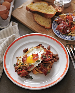 Bacon, Egg, and Toast Cups | Martha Stewart
