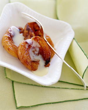 Roasted Apricots with Dulce de Leche