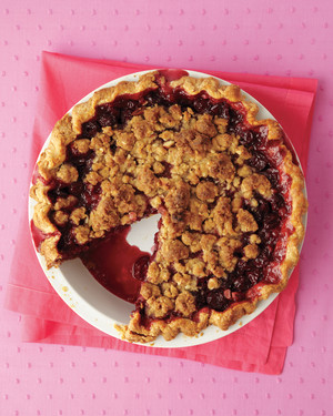Cherry Pie with Almond Crumble
