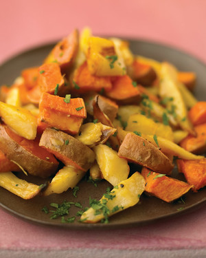 Maple-Glazed Parsnips And Sweet Potatoes_image