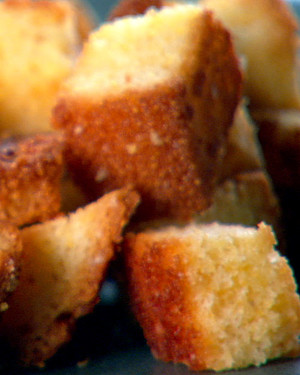Corn Muffin Croutons