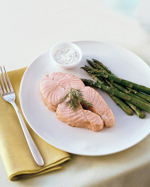 Poached Salmon Steaks with Creamy Dill Sauce