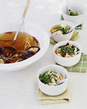 Hot and Sour Broth with Shredded Chicken