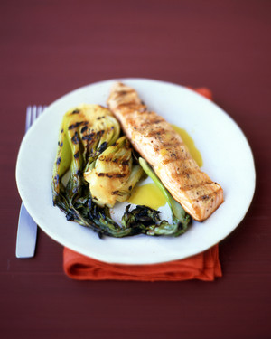 Grilled Salmon with Citrus Sauce
