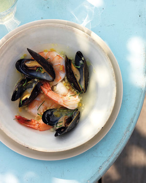 Gazpacho with Shrimp and Mussels
