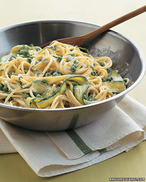Spaghetti with Peas and Zucchini Ribbons