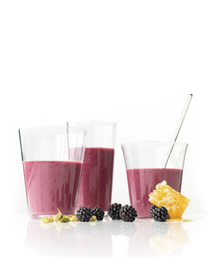 Blackberry-Yogurt Smoothies