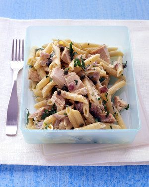 Penne with Tuna and Red Onion image