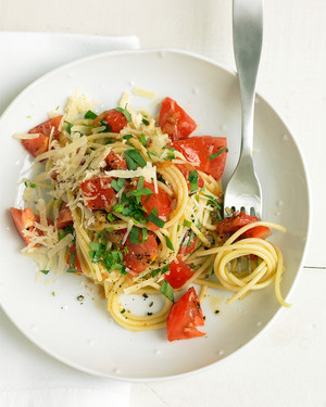Spaghetti with Tomatoes and Tarragon