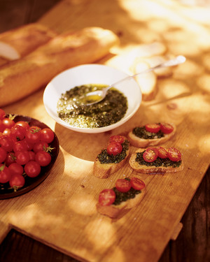 Basil Croutons with Cherry Tomatoes