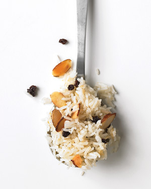 Currant-and-Almond Pilaf