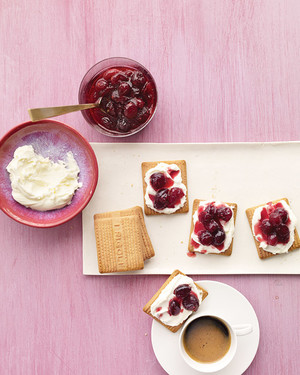 Cranberry Compote with Mascarpone and Cookies