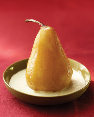 Poached Pears with Vanilla Cream Sauce