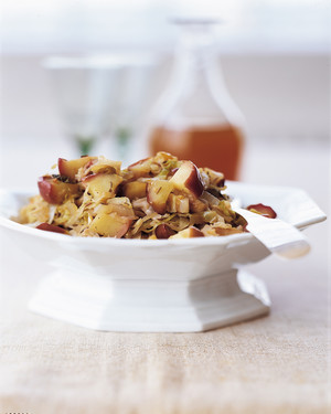 Green Cabbage Braised in Cider with Apples