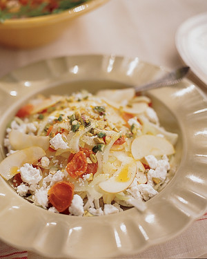 Fennel-and-Apple Salad with Goat Cheese