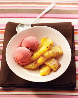 Roasted Pineapple with Rum Sauce
